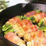 春を満喫!スキレットで作る「菜の花とえのきのベーコン巻き」と、土鍋で炊く「豆ご飯」
