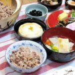 土鍋で炊く「小豆たっぷりお赤飯」と、「鯛だし雑煮」と、「簡単おせち」