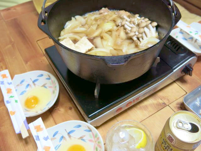 晩ご飯 ダッチオーブン 鶏すき