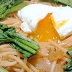 「豚汁風 味噌鍋」の残りをリメイク!箸で食べる、「トマトパスタ鍋」。ポーチドエッグの作り方も!